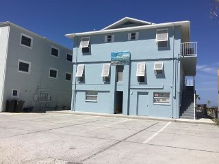 Fully Remodeled! Oceanfront 3 BR/2 Bath, Indian Shores