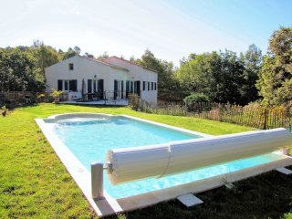 LITTLE PARADISE IN NATIONAL PARK OF GORGE DU VERDON, 3 BEDROOMS, PRIVATE POOL