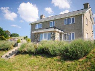 Luxury 5-Star Farmhouse nr Pwllheli & Criccieth, Chwilog