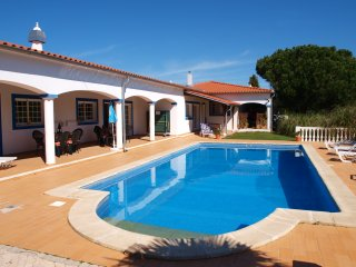 Apartment with Pool on a plot with a great garden