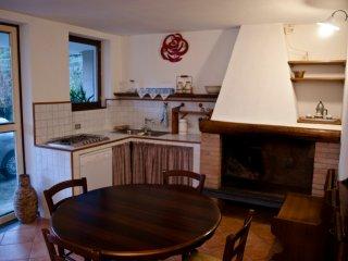 Piccolo appartamento con giardino