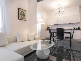 LUXURY NEW apartment Noveno 2