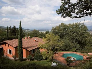 Villa panoramica con piscina a pochi Km da Firenze