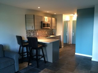 Newly renovated Terrace Level Condo at the Shores.
