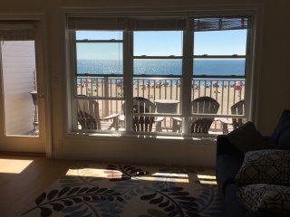 Hampton Beach, Beachfront Condominium