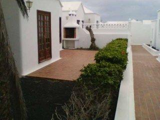 Villa de 2 dormitorios, cerca de la playa, WIFI, piscina compartida, Playa Honda
