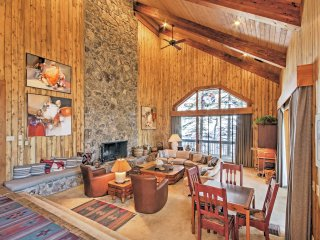 Ski-In/Ski-Out 5BR Steamboat Springs Townhome