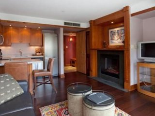Signature 1 Bedroom Condo | Le Chamois, Whistler