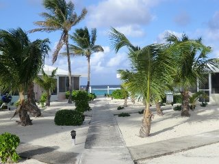 Grand Cayman Sea Lodge Oceanfront on North Side, Rum Point