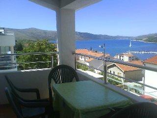 App A4 (2+2) Sea-view  Seget Vranjica TROGIR, Relax