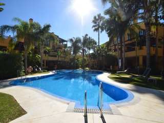 2 bedroom Apartment in Bahia de Banus, Puerto Banus, Spain : ref 2245656