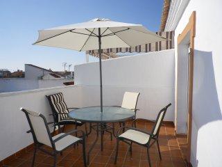 Apartamento a menos de  100 m de playa y pinares