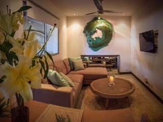 Tamarindo Beach House~Casa Gia~Excellent Location!