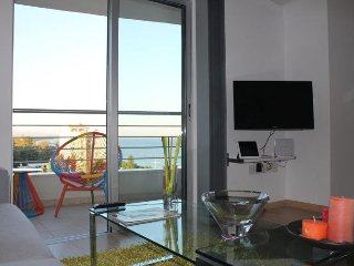1b Vogue Seaview Pool Gym Apartment Olympic Beach TL007, Limassol