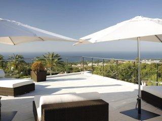 Magnificent Villa with Sea Views in Sierra Blanca, Marbella