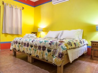 Yellow room B&B Casa Juarez