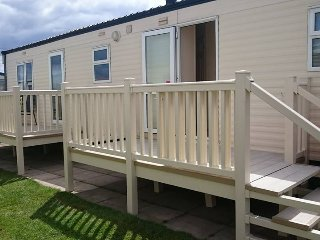 Kf2- 6 berth Caravan with ensuite on Kingfisher, Ingoldmells