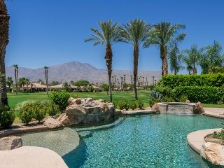 South Facing, Big, Beautiful, Dream Home w/Awesome Decor, Mountain/Fairway Views
