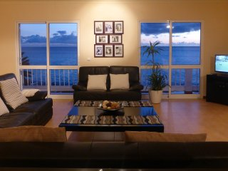 Bela Vista BEACH VILLA Ocean front ! Sunniest warmest village in Madeira !