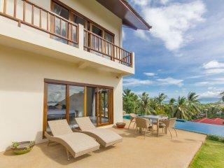 Delightful comfortable villa, beautiful sea view, Mae Nam