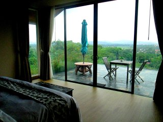 SELMI's White Monkey Villa - SUITE, Langkawi District