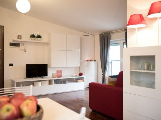 Modern and Bright studio on Red Metro Line!, Sesto San Giovanni