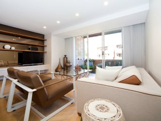 Stunning 2 bed apartment Surry Hills SH127, Sydney