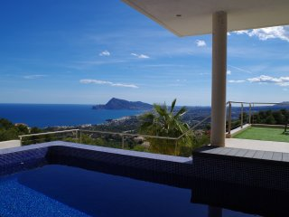 Villa EXCLUSIVA, moderno, magnifica vistas al mar, Altea