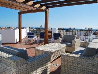 AP249 BEAUTIFUL PENTHOUSE IN THE CENTER OF NERJA, Nerja