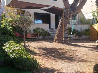 Maison 2 chambres 110M² jardin de 130m² près plage, Marseille