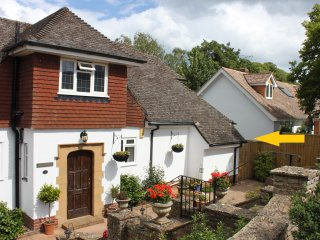Ashlea – quiet, well appointed retreat for 2, Sidmouth