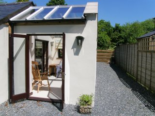 Lovely 2 b/r cottage with conservatory and Fishing, Callington