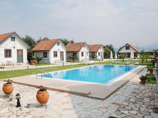 Swedish Villas - Vacation Rentals, Naupactus