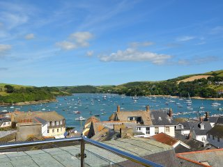 1 Charborough House, Salcombe