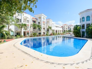 Beautiful Condo in Paseo del Sol 3 bedrooms, Playa del Carmen