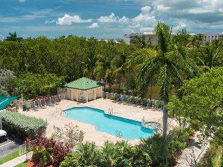 Tierra Bomba #403 - 2/2 Condo w/ Pool & Hot Tub - Near Smathers Beach, Key West