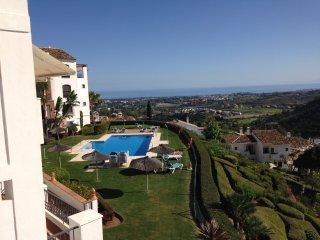 Exceptional sea view on Los Arqueros Golf