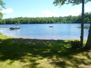 Perfect Summer Escape - Dock and Sandy Beach, Moultonborough