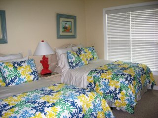 3 bedroom 3 bath villa fantastic ocean views, Ocean Isle Beach