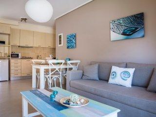 Eucalyptus Apartments - Anemone