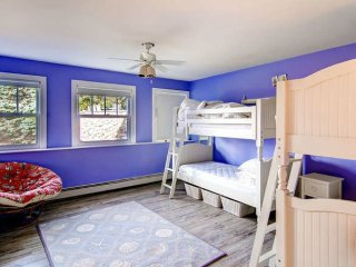 Family friendly beach house sleeps 12