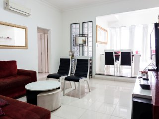 3br - 250m2 - Furnished apartment just one
