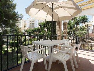 Spacious two bedroom apartment in Riviera del Sol, Mijas
