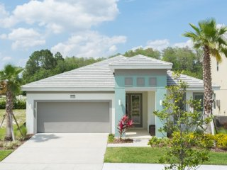 4-bedroom house w/ private pool  - great location, Kissimmee