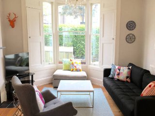 Stylish Islington 3 bed house with garden, Londen