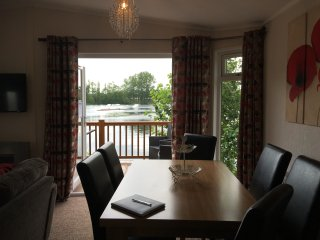Malvern Lodge, Hot Tub, Lake View, 5 Castle View