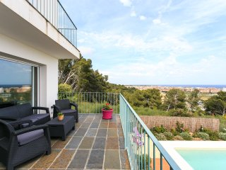 NICE VILLA NEAR COSTA BRAVA.  SPLENDID  SEA VIEWS