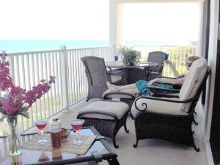 DIRECT OCEAN FRONT/3B/2B CocoaBeach Luxury Rental, Cocoa Beach