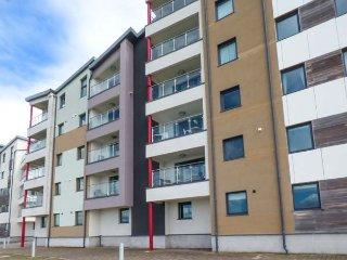 6 DOC FICTORIA luxury townhouse, en-suite, balcony with views, WiFi, in Caernarfon Ref 940142