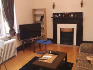 very spacious room to rent